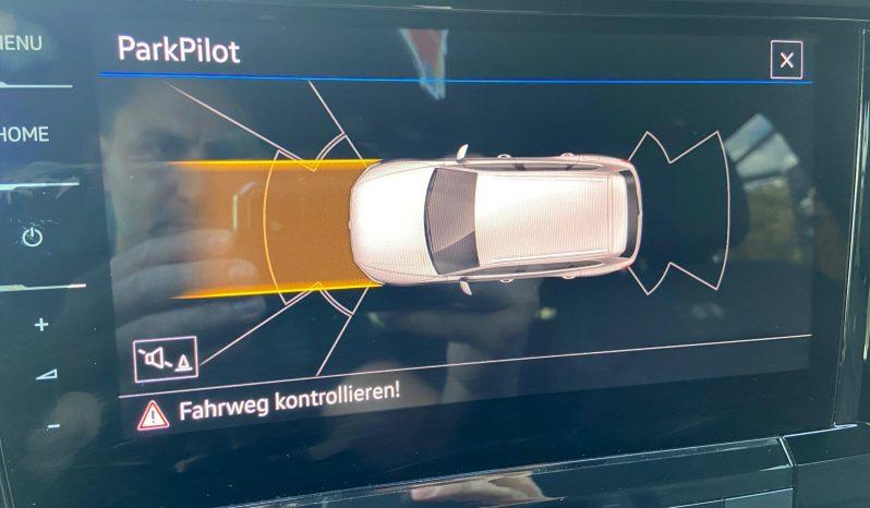 VW Touareg 4Motion V6 TDI SCR R-Line Aut. SUV / Geländewagen voll